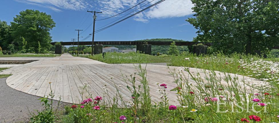 Wooden road and turnaround at Aspinwall Riverfront Park.